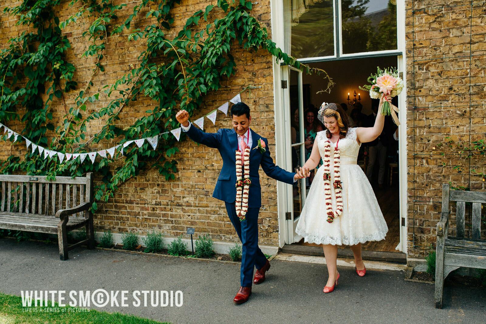 harriet_sanjeev_kew_garden_094_cambridge_cottage_wedding