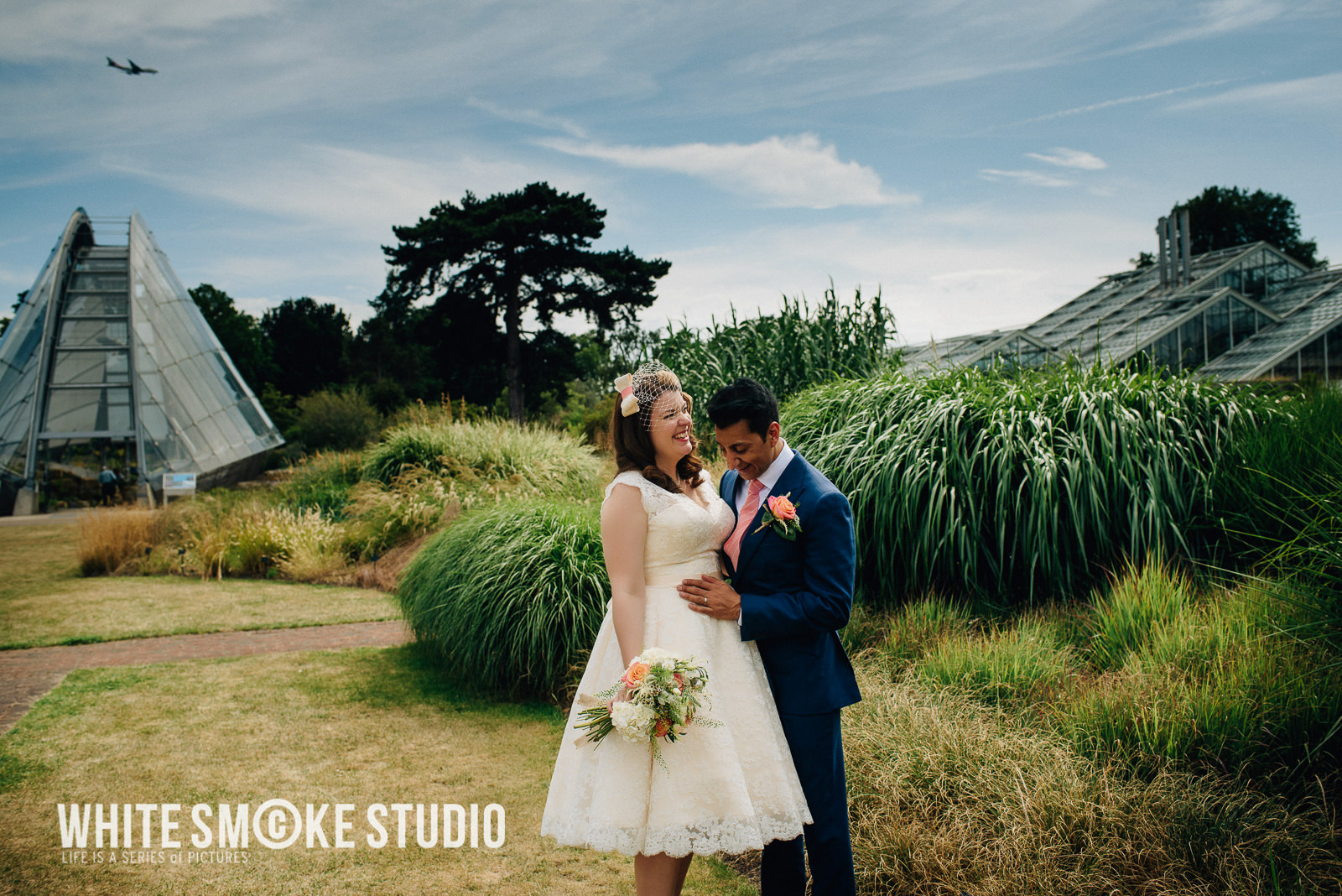 harriet_sanjeev_kew_garden_108_cambridge_cottage_wedding