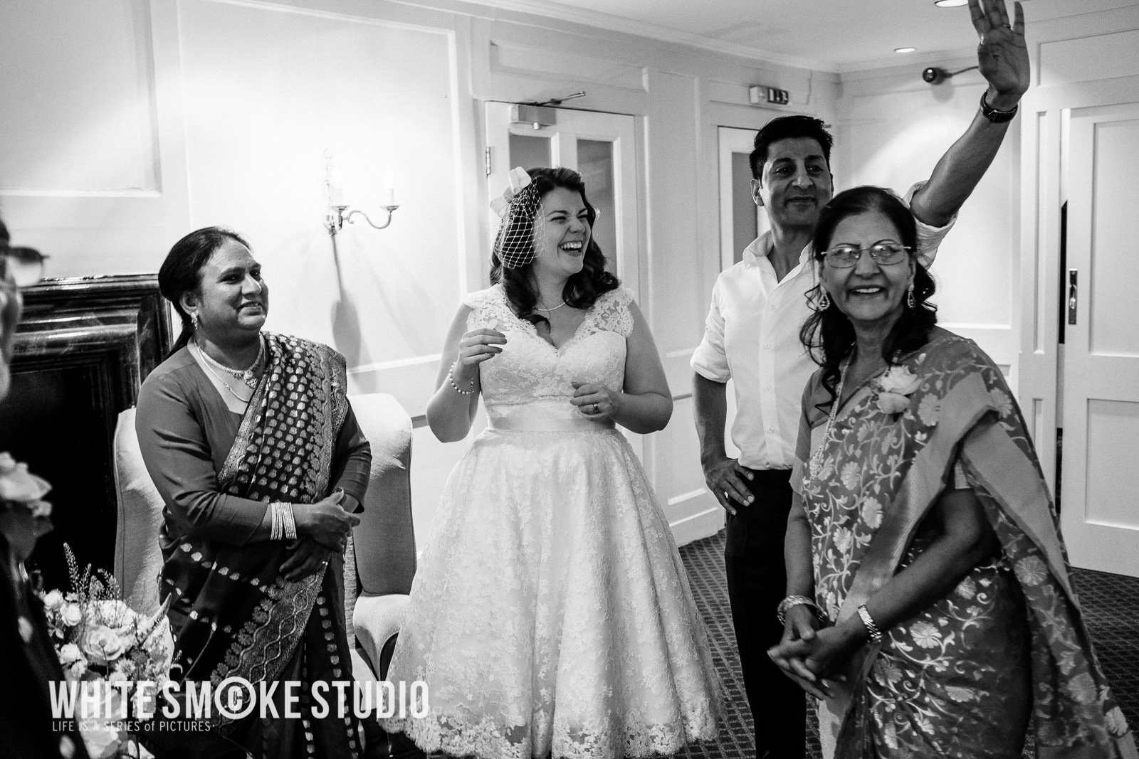 harriet_sanjeev_kew_garden_191_cambridge_cottage_wedding