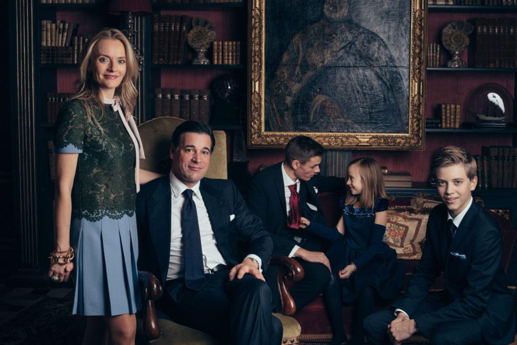 Family session ala Leibovitz